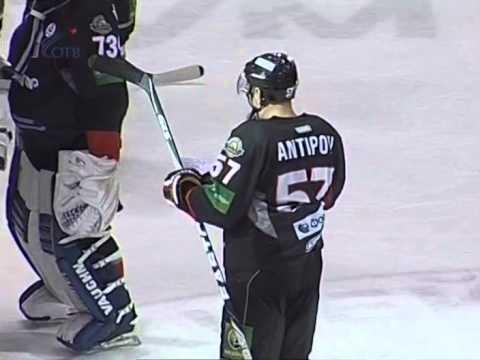 Хоккеист «Трактора» Антипов был освистан за агитацию в пользу Едросни