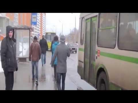 Карусель на проспекте Маршала Жукова