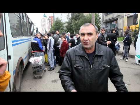 «Русские свиньи» в Питере: Укусили мента и уронили беременную