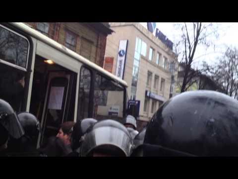 Русский марш и Марш Регионов: Столкновения и аресты