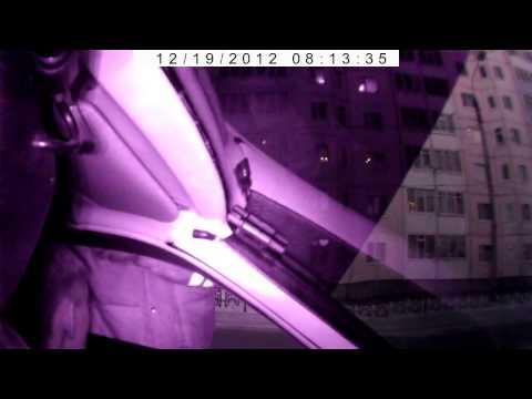 Маразм на дороге: Инспектор ДПС вытряхнул водителя из машины