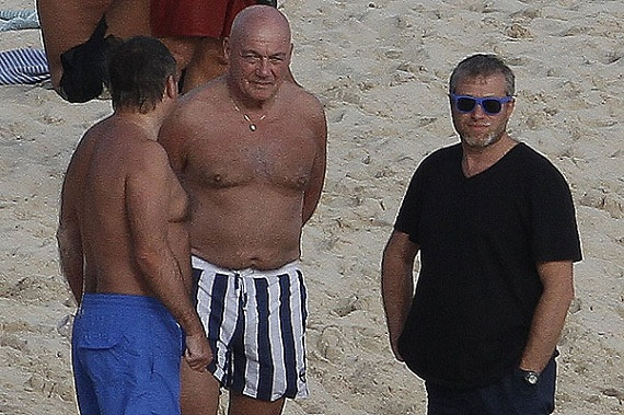 Roman Abramovich enjoying a sunny day with friends on the beach in St. Barts