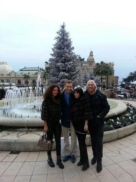 Кремлядь на каникулах: Астахов во Франции / Сидякин в Штатах
