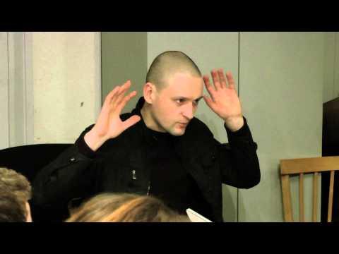Нацболы побили Удальцова на панихиде по Долматову