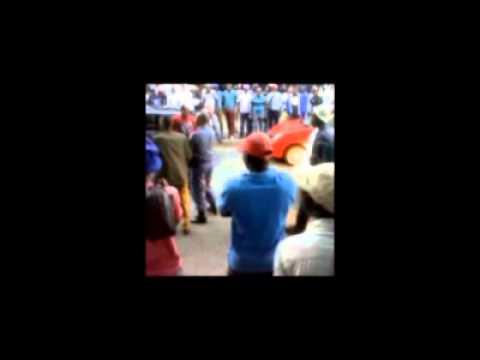 ЮАР: Полиция убила таксиста на глазах толпы