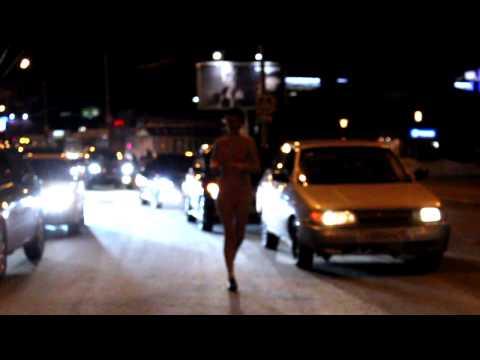 Томск: 200 рублей за пробежку в купальнике по центральной улице