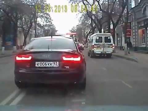 Краснодар: Очередная Ткачевская «шестерка» на дороге