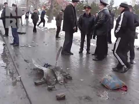 Казань: Автобус въехал в толпу людей на остановке