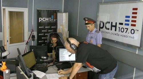 Мент прервал эфир РСН: Вручение повестки чекиста Якунина Сергею Доренко в прямом эфире