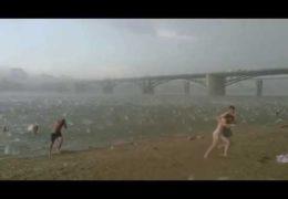 Внезапный ураган в Новосибирске 12 июля 2014 года