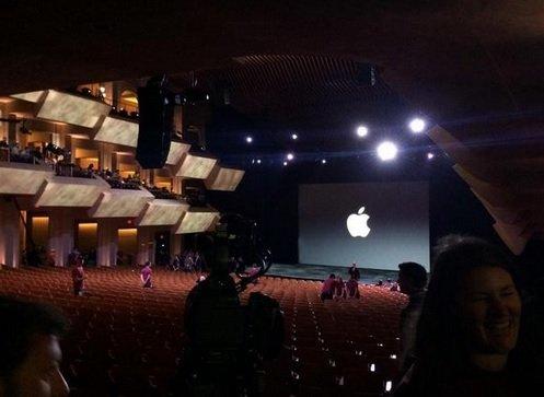 Презентация новых iPad Air 2 и iPad mini 3 16 октября 2014 года 21:00 Мск Прямой эфир / Трансляция