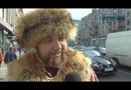 МОСКВИЧИ О ВОЗМОЖНОМ ПЕРЕВОРОТЕ В РОССИИ / ПЕРЕДЕЛКИНО: ЖИЗНЬ ЗА ЗАБОРОМ