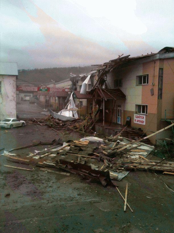 sahalin uragan 2015