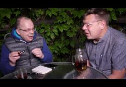 Футбольных хулиганов обсуждают Лаврентий Августович и Шурка