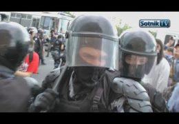 Митинги в России: Фашисты путина избивают людей