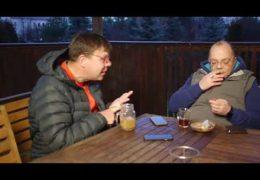 Пресс конференцию Путина обсуждают депутат Лаврентий Августович и его помощник Шурка